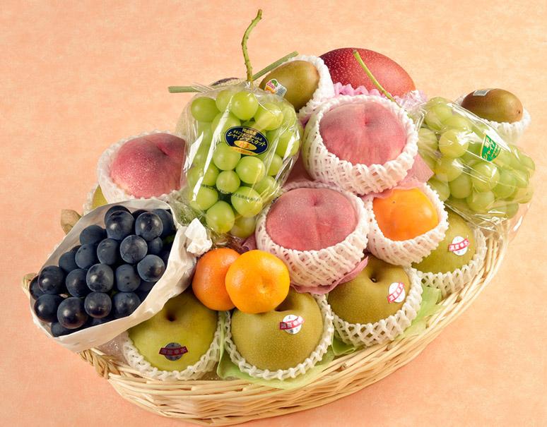 旬のフルーツかご盛り