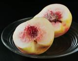 高橋忠吉さんの白桃『シーエックス』福島県産 約3kg 5〜8玉入 化粧箱入り ※常温