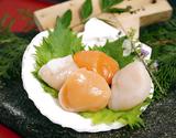 生食用『サイズ無選別ホタテ貝柱 赤玉入り』北海道産 500g×2P   ※冷凍