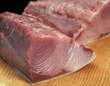 『天然ブリ(1/4カット)』約1kg(背または腹側)皮つき 北海道・日本海産 ※冷蔵